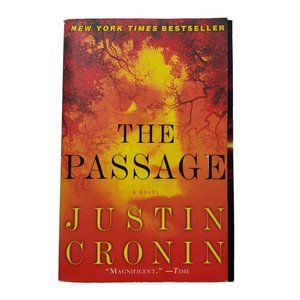 ☘️3/$30☘️ The Passage by Justin Cronin softcover